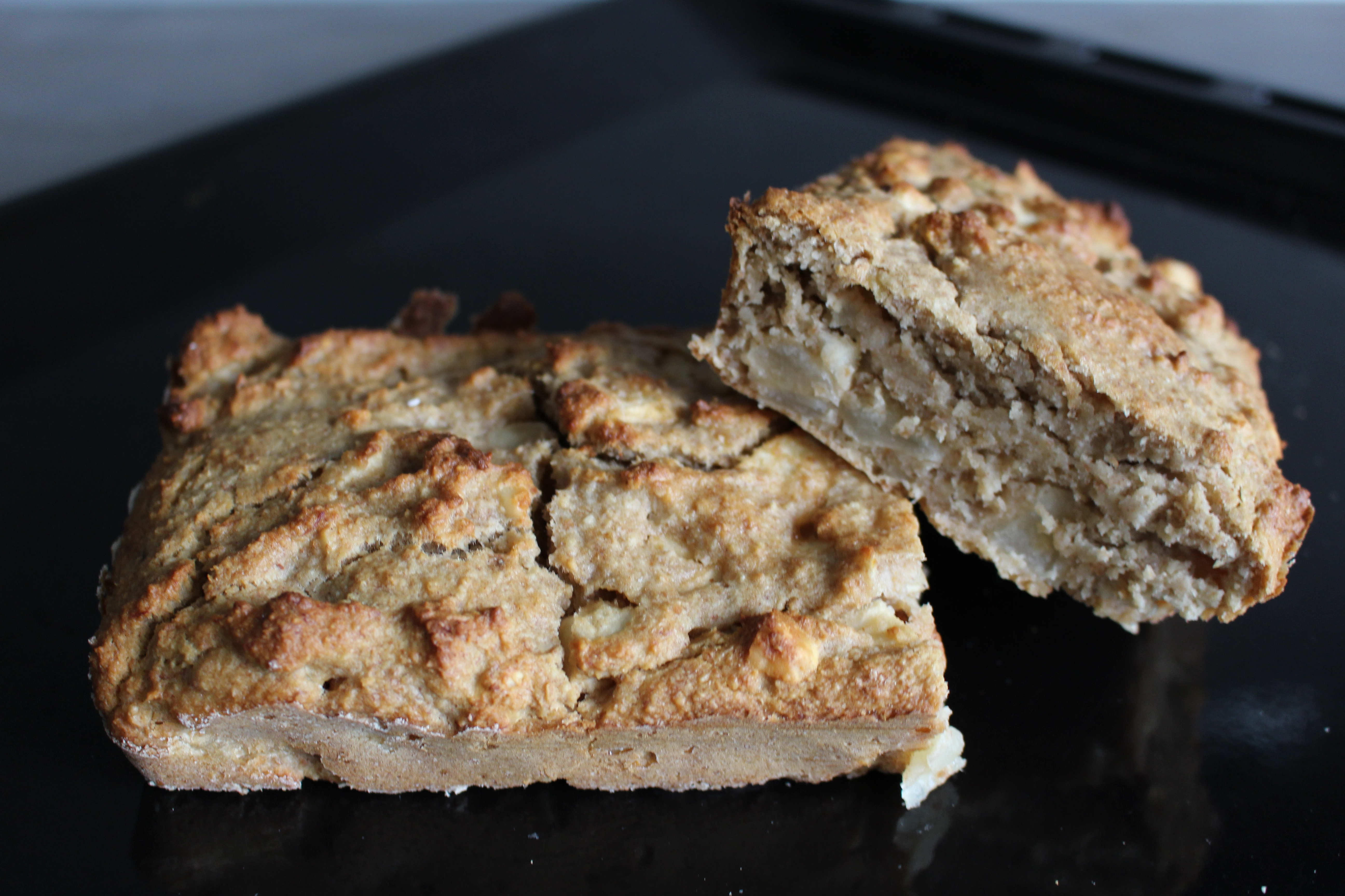Appel-hazelnotenbrood (V, Gl)