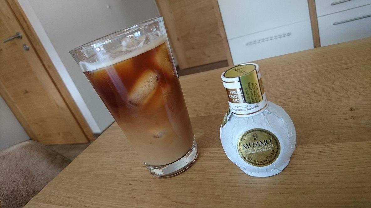 Witte chocoladelikeur ijskoffie (V, GL)